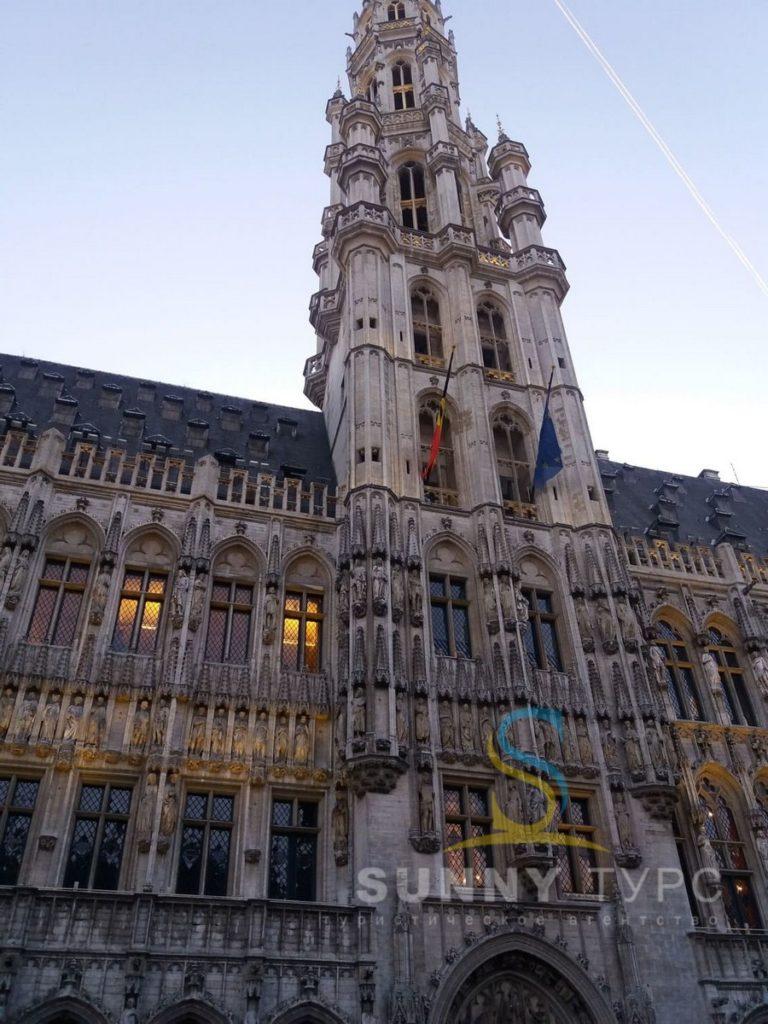 Красивые здания в Брюсселе