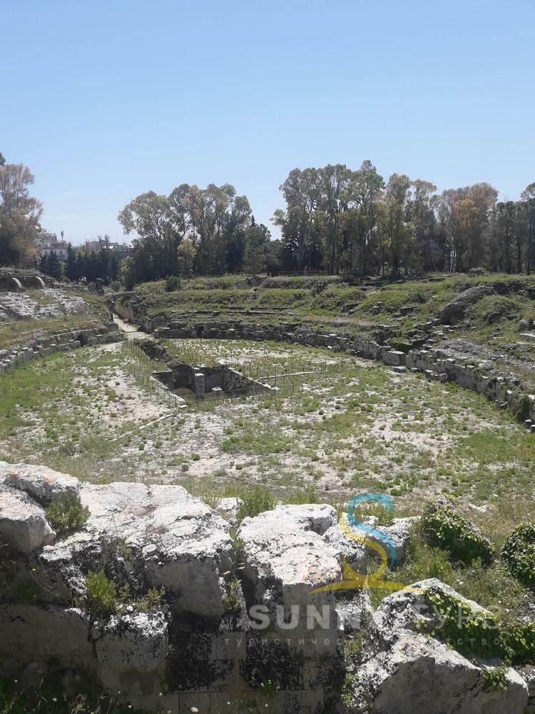 Римский театр (Сиракузы)